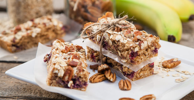 Blueberry Pecan Breakfast Bar blender recipe_10habits