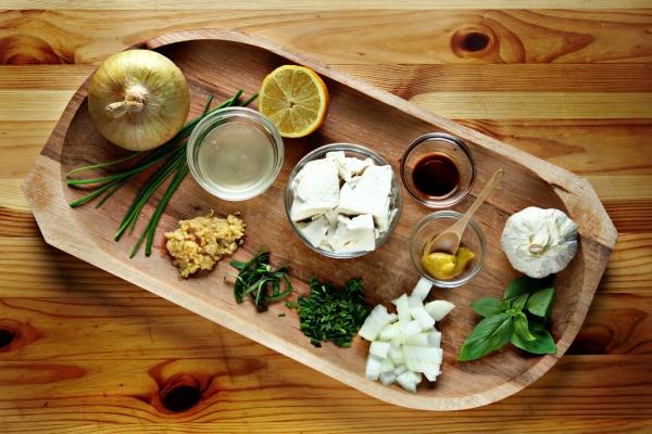 ingredients_aioli