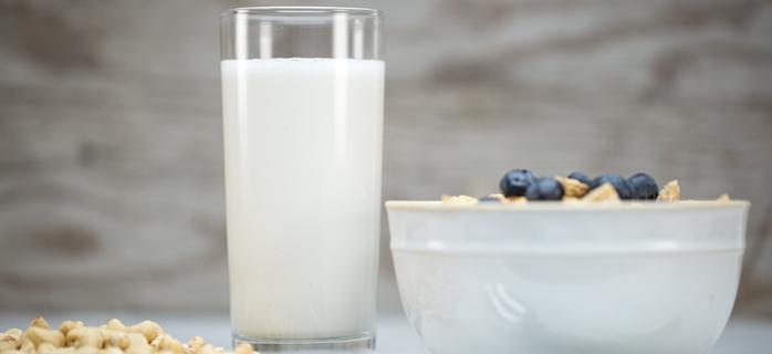 Cashew-Milk