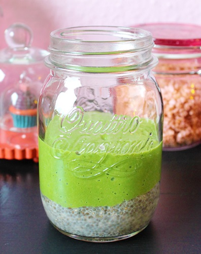 layered green smoothie pudding