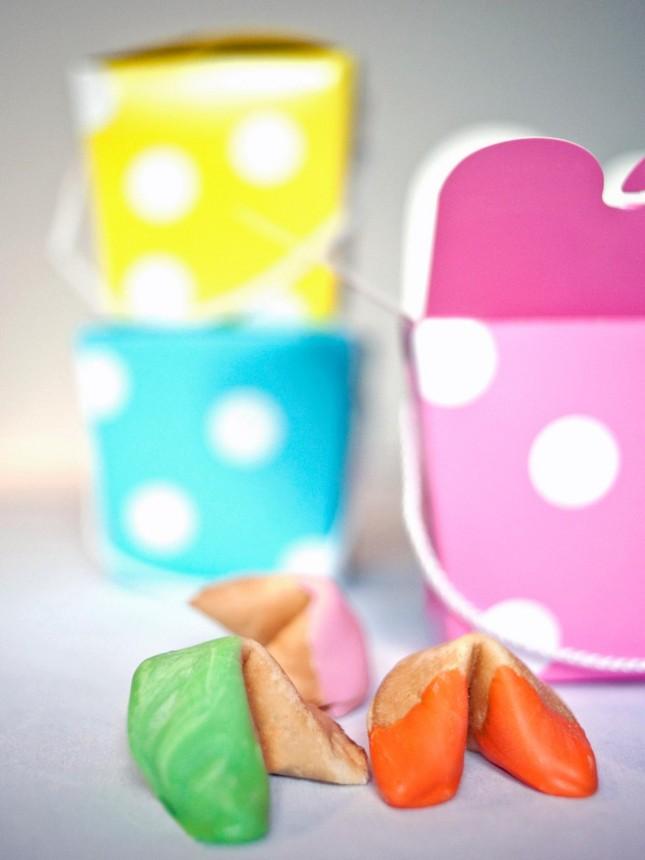 DIY Easter Fortune Cookies