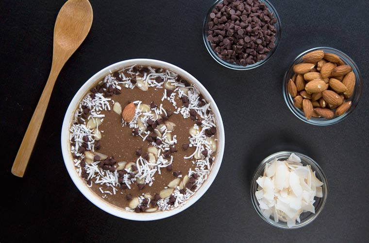 Blendtec's Joyous Almond Smoothie Bowl Recipe