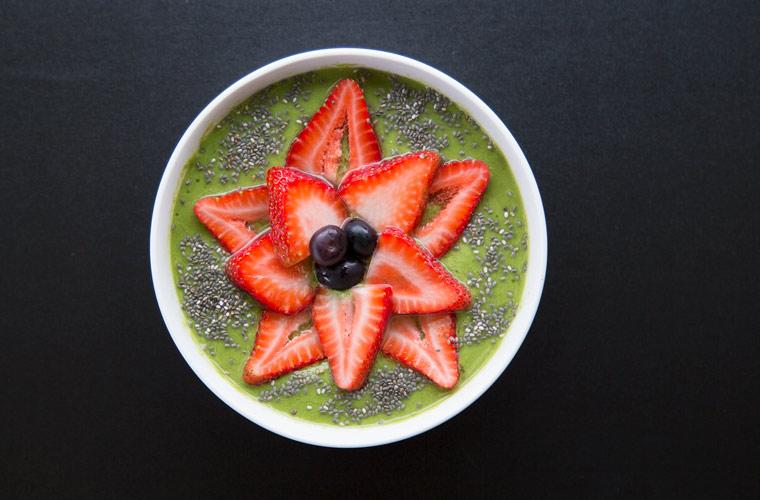 Green Vegan Smoothie Bowl